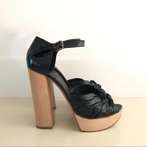 255fe5d01f0 Chloe Shoes - Chloe Black Patent and Wood Platform Heels
